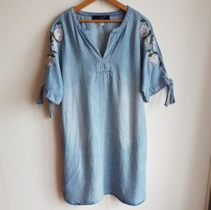 Tencel Shift Dress With Flower Embroidery